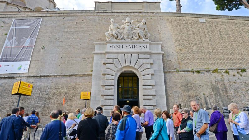 Permalink to:Vatican Museums & Colosseum Tour in Rome